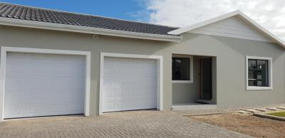 2 Bedroom House for Sale in Fountains Estate, Jeffreys Bay - Eastern Cape