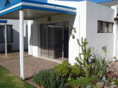 2 Bedroom Townhouse for Sale in Paradise Beach, Jeffreys Bay - Eastern Cape