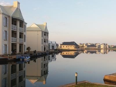 2 Bedroom Apartment for Sale in Marina Martinique, Jeffreys Bay - Eastern Cape
