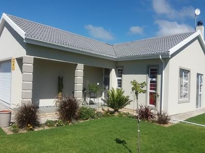 3 Bedroom House for Sale in Fountains Estate, Jeffreys Bay - Eastern Cape